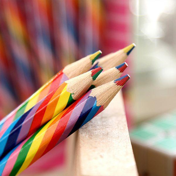 עפרונות צבעוניים 4