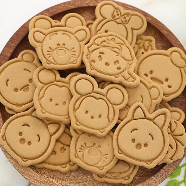 תבנית עוגיות של דמויות מוכרות 4